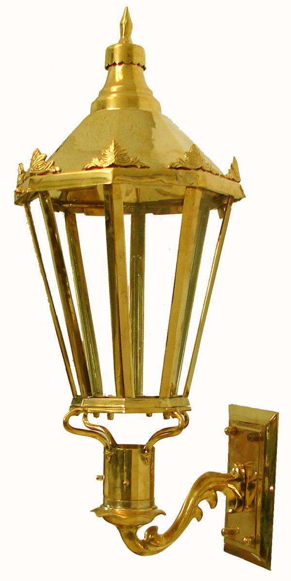 Windsor - Polished Brass (Wall Mount)